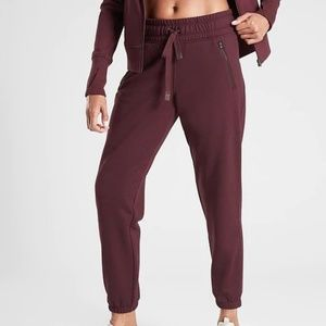 Athleta Recover Jogger Pants XS Antique Burgundy